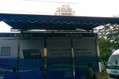 Awning gulung mobil