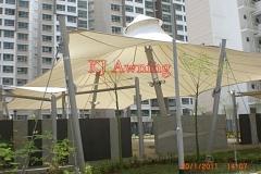 Tenda membrn kerucut